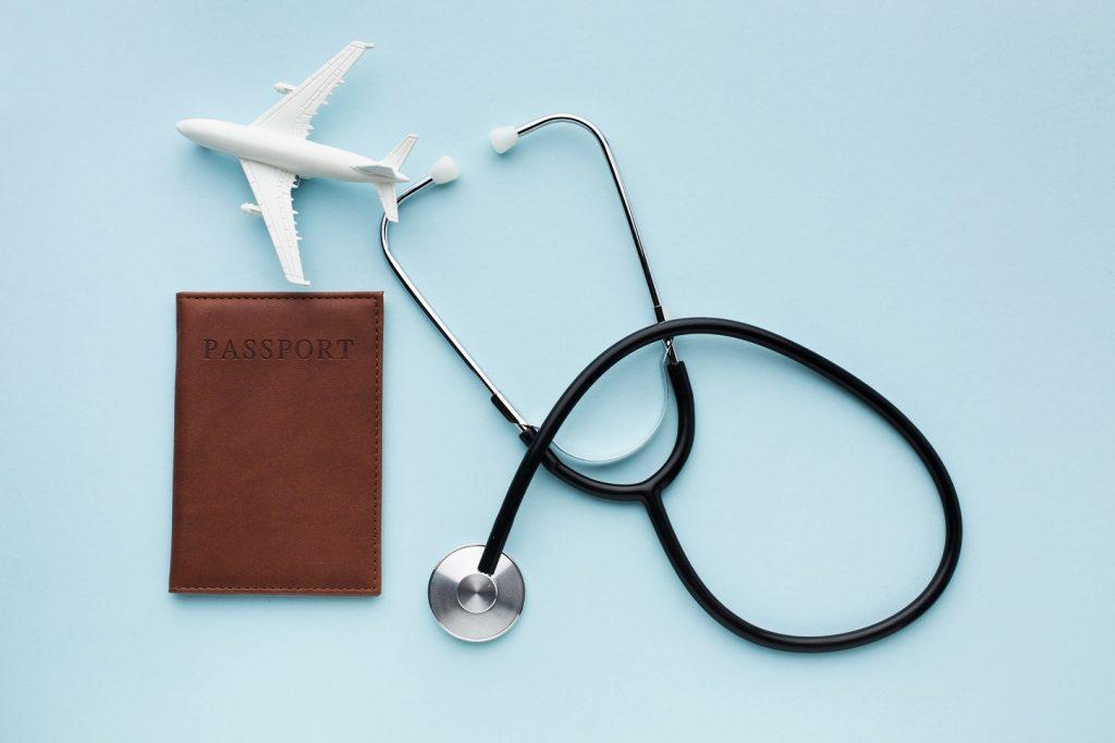 איור מטוס ודרכון